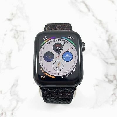 Apple Watch Series 4 44 mm Space Gray Aluminum Case with Black Nylon Loop (GPS)