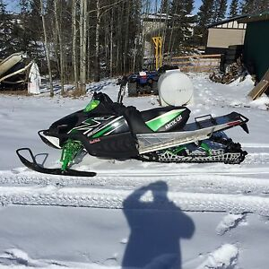 2011 m8 Arctic cat