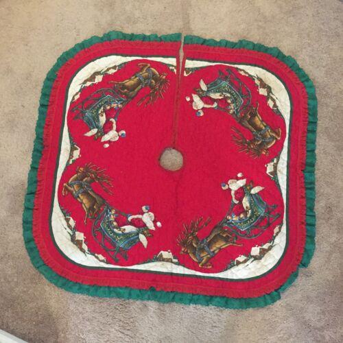 "Santa Sleigh & Reindeer quilted Christmas Tree Skirt 33"" x 33"" light-weight"
