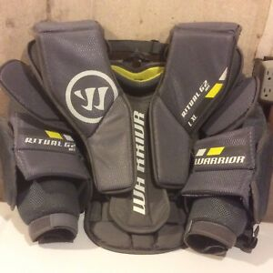 Warrior Ritual G2 Intermediate L / XL Goalie Chest Protector