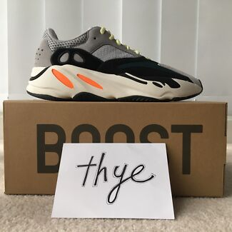 adidas Yeezy Boost 700 Wave Runner US8 NEW
