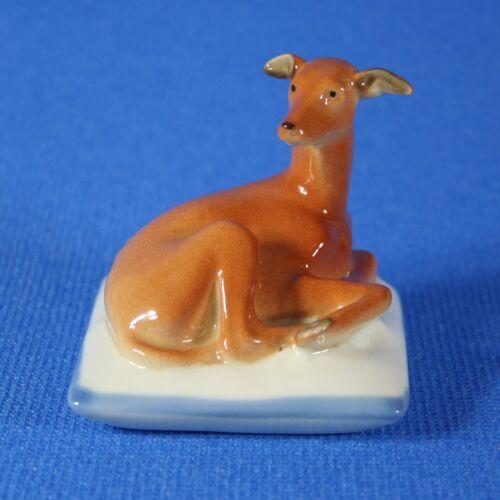 "Greyhound ""Lilli"" on pillow Figurine, Lomonosov Porcelain, Russia IFZ"
