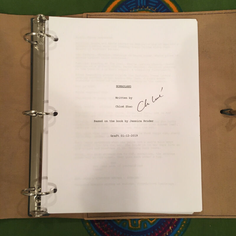 Frances McDormand NOMADLAND PROMO SIGNED SCRIPT by CLOE ZHAO Golden Globe Oscar?