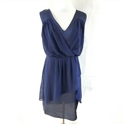 Semi Formal Themes (THEME Women's Medium Blue Sleeveless V Neck Pleated Front Semi Formal Dress)