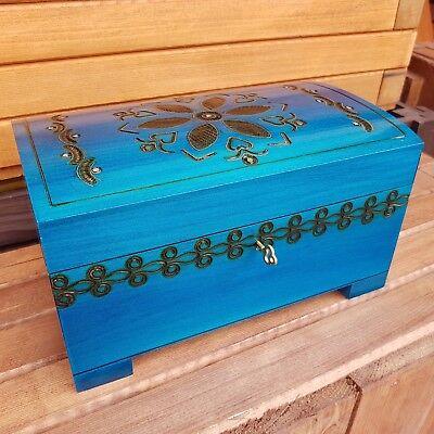 Hölzerne Groß Schmucktruhe in Blau Farbe Schloss und Schlüssel, Model 2