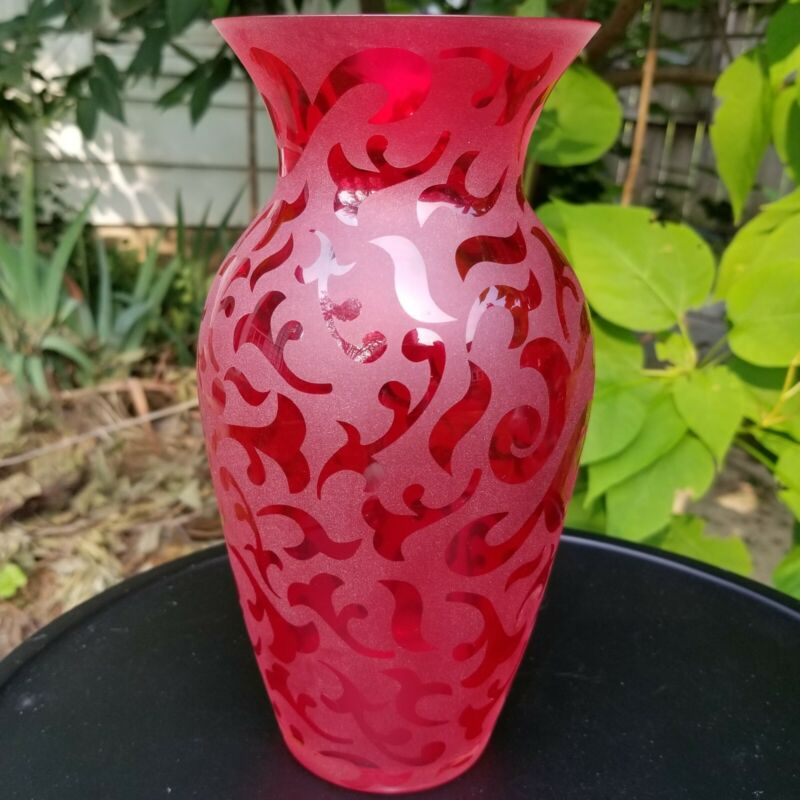 2005 Michael Weems Red Vase Etched Art Glass Elise Collection