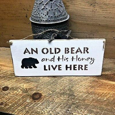 Wooden Welcome Sign, An Old Bear and His Honey Live Here, Front door sign decor ()