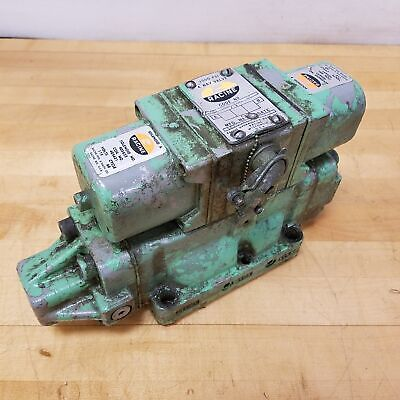 Racine Odz Bnhs106s 20 3 Way Hydraulic Valve. - Used