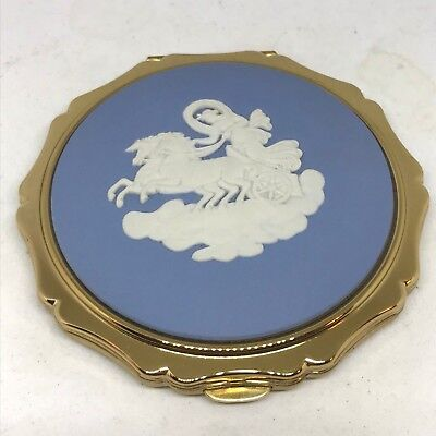 Love Collection Compact Powder (Stratton Powder Compact. Wedgwood. Goddess w/ Lasso of Truth w/Box. Lovely! )