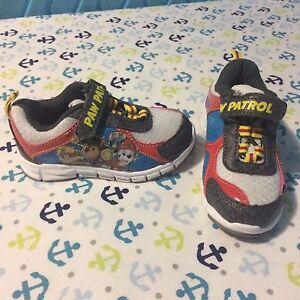 Size 6 toddler Paw Patrol sneakers (new)