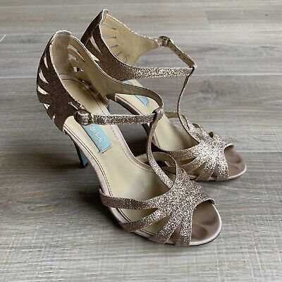 Blue By Betsey Johnson Tee Champagne Gold Heels Womens Sz 7 Sandals Shoes
