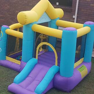 $40  hire jumping castle