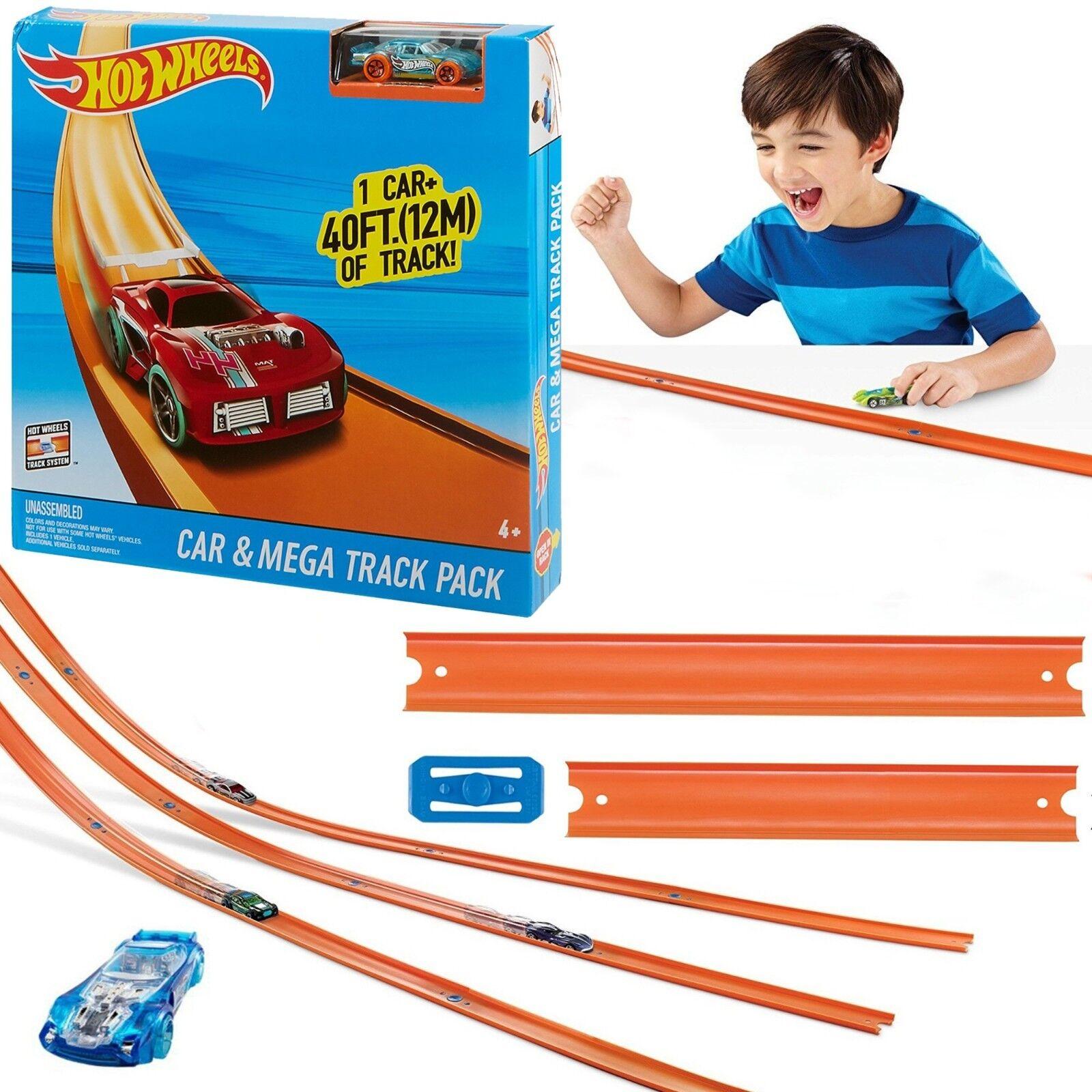HOT WHEELS® CAR & MEGA TRACK PACK