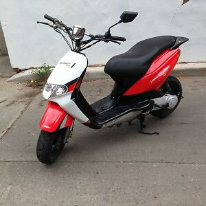 UPGRADED SCOOTER W/SAFETY DERBI