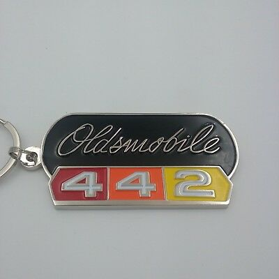 65 1965 Oldsmobile 442 unique design keychain