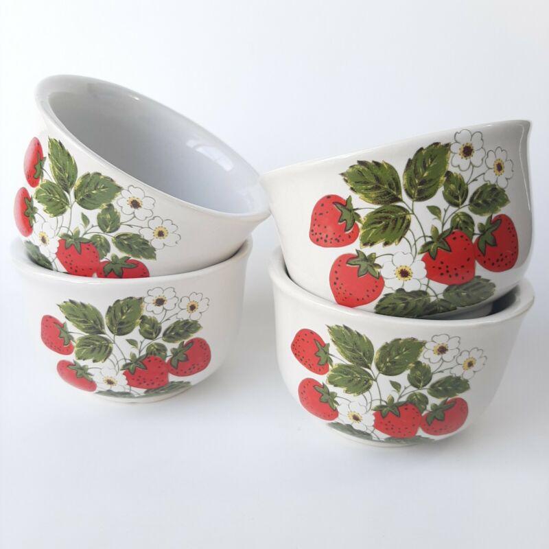 Mccoy Ceramic Pottery Strawberry Dish