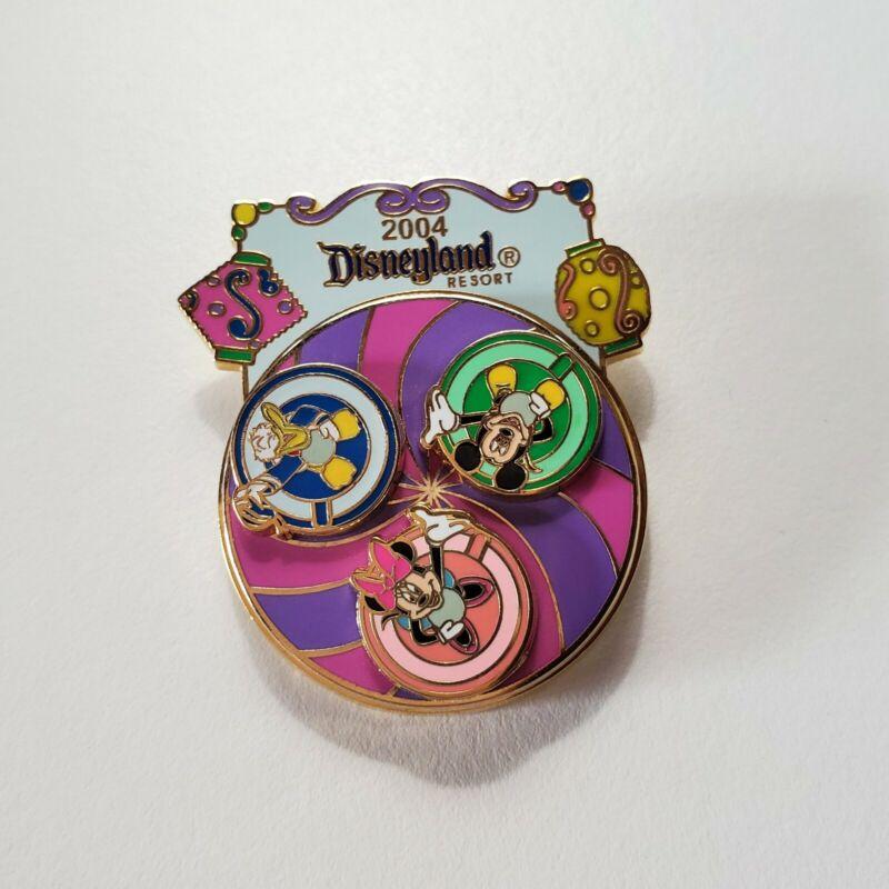 Disneyland Mad Tea Party Disney Auctions Pin • LE 1000 Dec 2004 • 35453 NOC