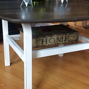 MCM Solid Wood Coffee Table  West Island Greater Montréal image 3
