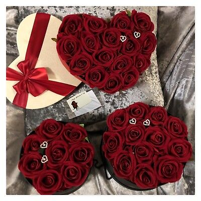 Valentines Day Roses in a box ❤️ Everlasting Artificial Red Roses ❤️ Hat Box  (Valentines Day Hat)