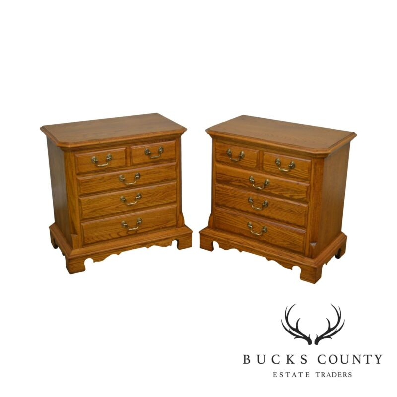 Thomasville Traditional Oak Pair 3 Drawer Chests Nightstands