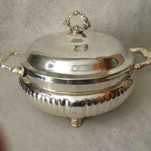 VINTAGE SHERIDAN SILVER PLATED FOOTED ORNATE SERVING BOWL / DISH WITH LID