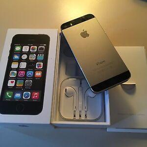 I Phone 5 S (Rogers)