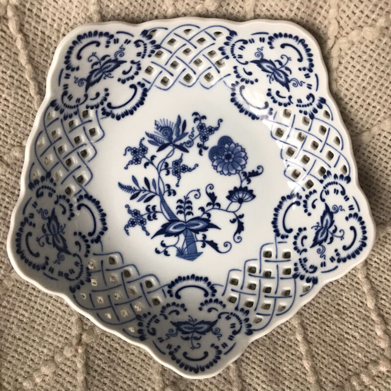 Blue Danube, Japan- Reticulated Blue Onion Bowl