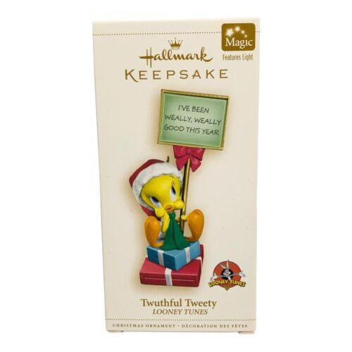 Hallmark Keepsake Looney Tunes Ornament Twuthful Tweety 2006 Magic Light NEW