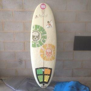Grommet midget mal surfboard Dicky Beach Caloundra Area Preview