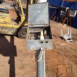 Builders power pole Wongan Hills Wongan-Ballidu Area Preview