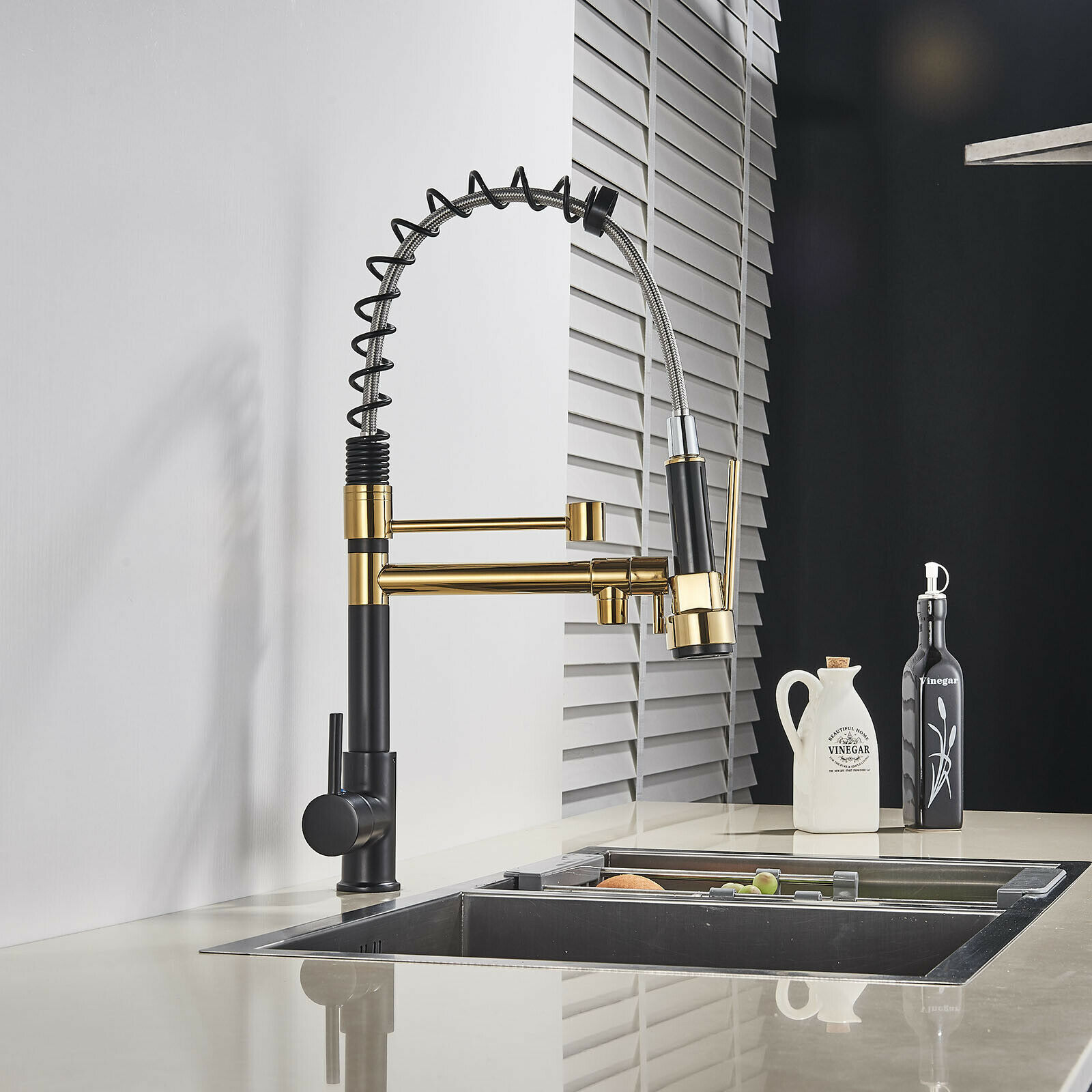 LED Kitchen Sink Faucet Pull Down Sprayer Swivel Spout Commercial Gold