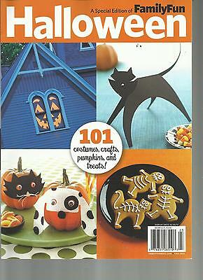 Family Crafts Halloween Costumes (FAMILY FUN, A SPECIAL EDITION OF HALLOWEEN,101 COSTUMES,CRAFTS,PUMPKINS &)