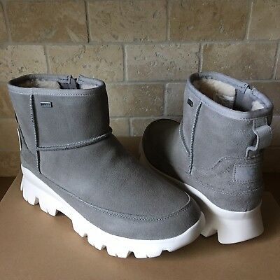 UGG PALOMAR WATERPROOF SEAL SUEDE SNOW SNEAKERS SHOE ANKLE BOOTS SIZE 10 WOMENS