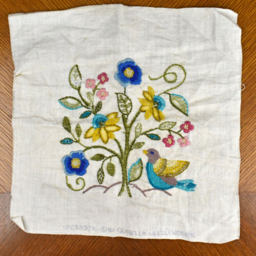 """VTG Quinella Needlework JACOBEAN FLORAL Bird Flowers Embroidery 12.5"""" COMPLETED"""
