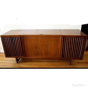 Vintage Cabinet Record Player | Buy & Sell Items, Tickets or Tech ...