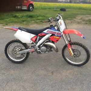 2000 cr125 trade for car/truck