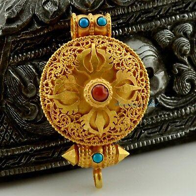 Tibetan Gau Box Pendant (Tibetan Buddhist Fine Quality Gold Plated Silver Ghau Gau Prayer Box Pendant )