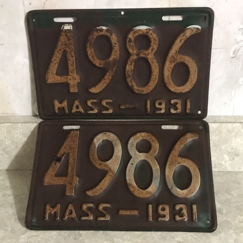 1931 Massachusetts 4 Digit License Plate