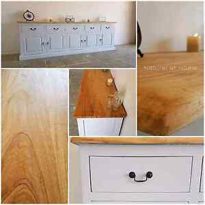 Large Hampton Style Buffet North Lakes Pine Rivers Area Preview