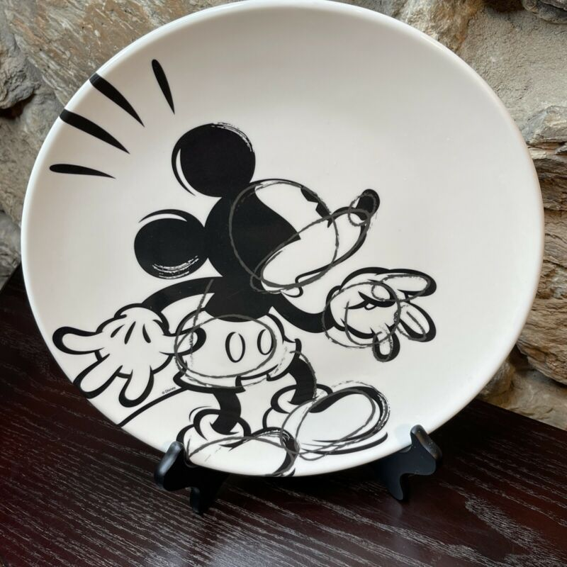 "Disney Zak design Mickey Mouse Black and White Sketch Plastic Plate 11""."