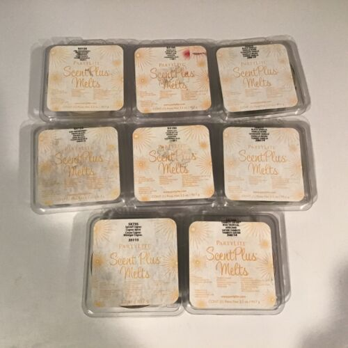LOT OF 8 UNUSED PARTYLITE SCENTPLUS MELTS FREE SHIPPING BLK VANILLA,WHT LILLY...
