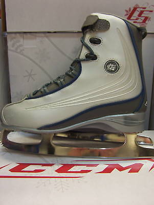 - New CCM soft boot women's ladies ice figure skates sz 9