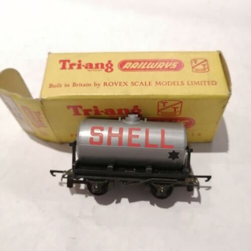 Tri-ang - T.73 Shell/BP Tank Wagon - TT