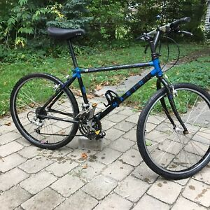 "Marin Bear Valley mtb bike. 17"" cromo frame."