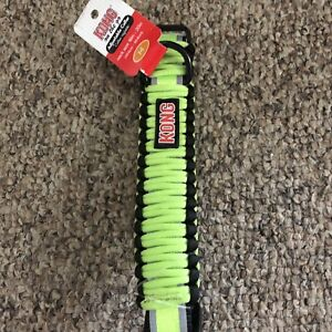 Medium KONG dog collar