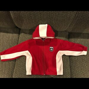 Roots sz 3t zip up fleece sweater