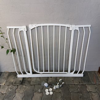 Baby Pet Safety Gate Toddler Door Barrier Large Wide Span
