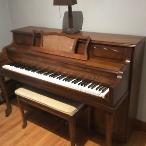 Vose & Sons apartment size piano