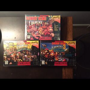 DK Country  SNES Complete in box