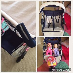 Twin seated 3 wheel doll pram Harristown Toowoomba City Preview
